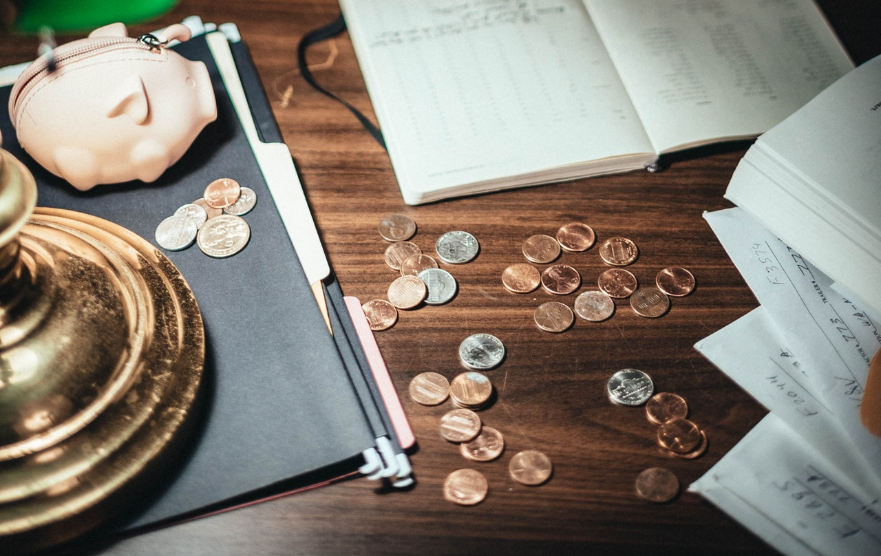 Tips on how to make money legally as a student